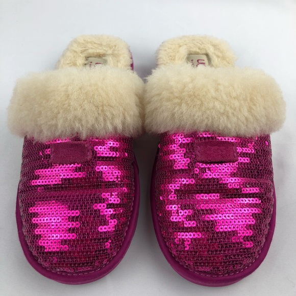 f43f956a884 UGG Australia Dazzle Pink Sequin Slippers Youth